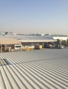 ドバイ・DHL工場